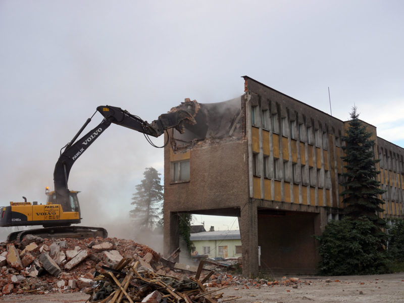 Wyburzenia budynków 6